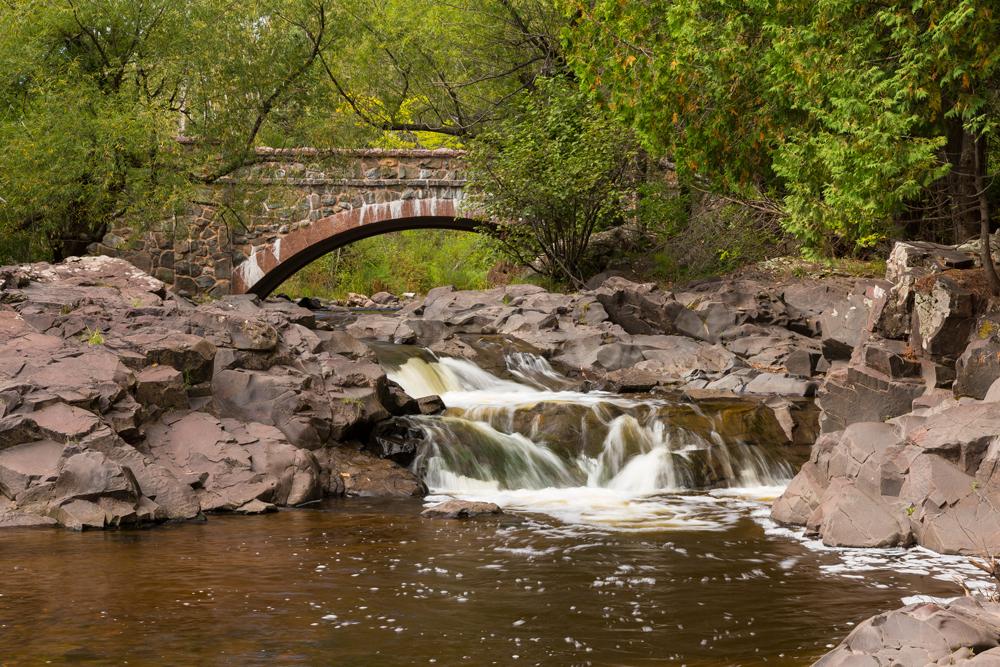 Amity Creek Falls & Bridge MoeNevin